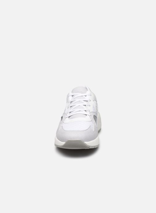 Sneakers Hummel Edmonton Premium Bianco modello indossato