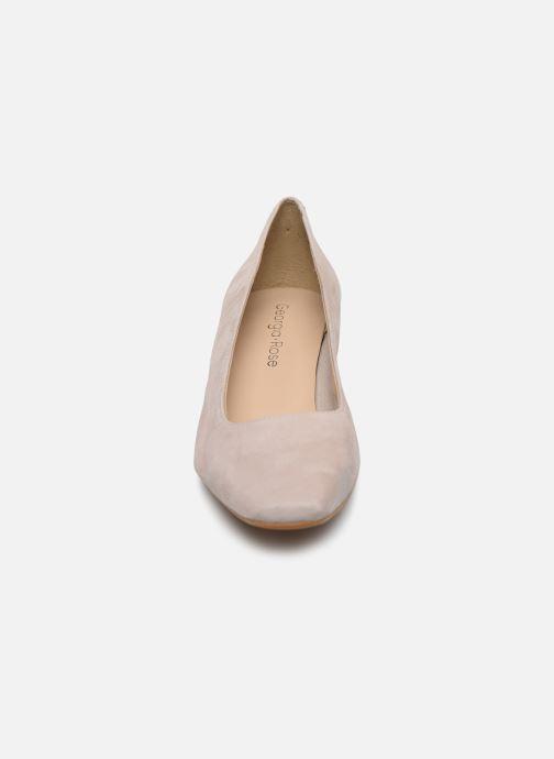 Zapatos de tacón Georgia Rose Soft Sidina Beige vista del modelo