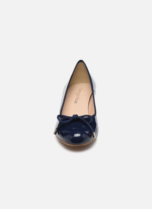 Pumps Georgia Rose Soft Staci blau schuhe getragen