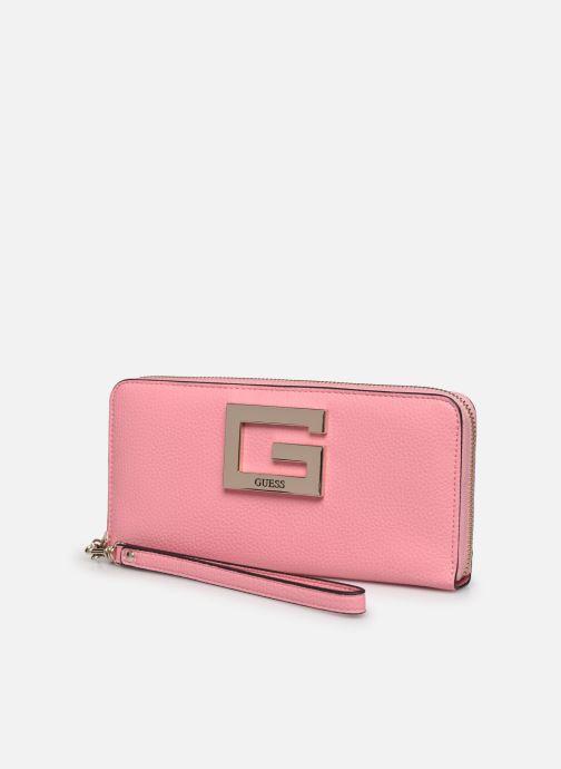 Bolsos de mano Guess BRIGHTSIDE SLG LARGER ZIP AROUND Rosa vista del modelo