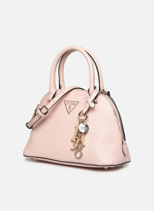 Bolsos de mano Guess MADDY SMALL DOME SATCHEL Rosa vista del modelo