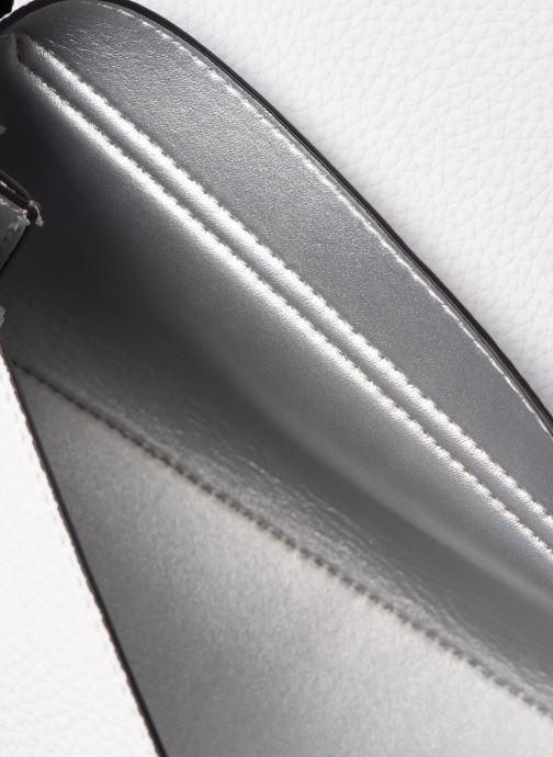 Borse Guess UPTOWN CHIC  MINI XBODY FLAP Bianco immagine posteriore