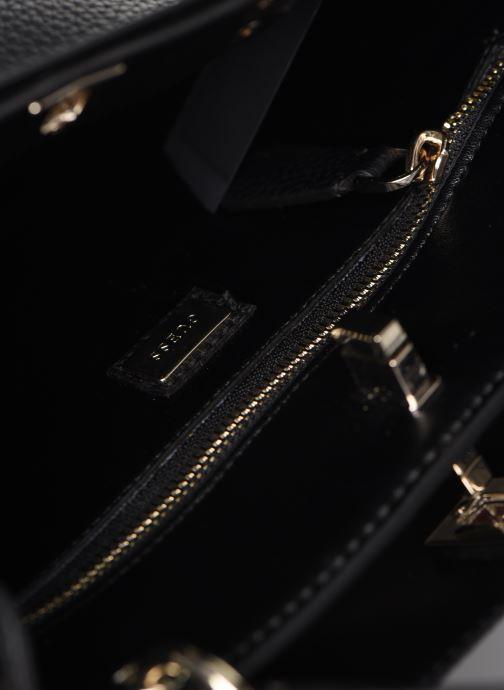 Borse Guess UPTOWN CHIC  TURNLOCK SATCHEL Nero immagine posteriore