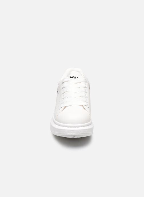 Baskets Xti 49952 Blanc vue portées chaussures