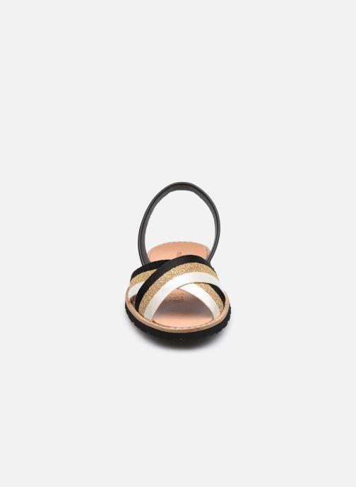 Sandalen Minorquines AVARCA RAFEL gold/bronze schuhe getragen