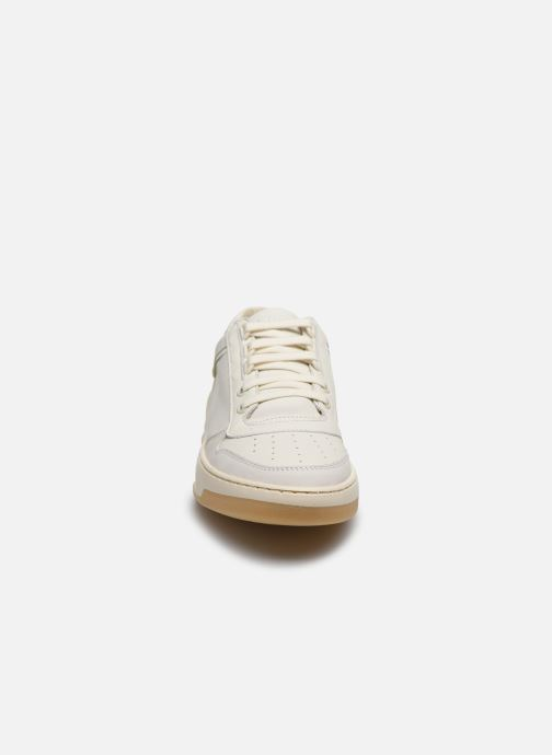 Baskets Bronx OLD-COSMO 66330 Blanc vue portées chaussures