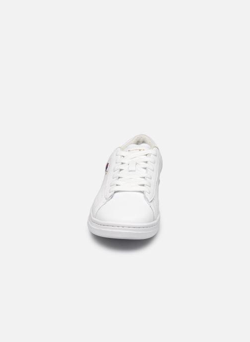 Baskets Champion Low Cut Shoe Court Club Patch Blanc vue portées chaussures