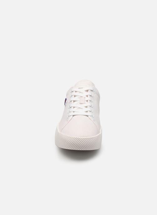 Baskets Champion Low Cut Shoe Era Canvas Blanc vue portées chaussures