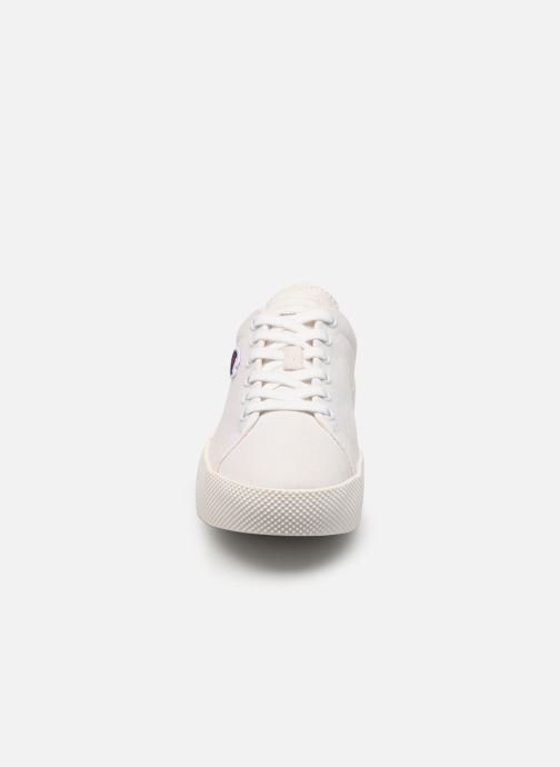 Baskets Champion Low Cut Shoe Era Canvas Blanc vue portées chaussures