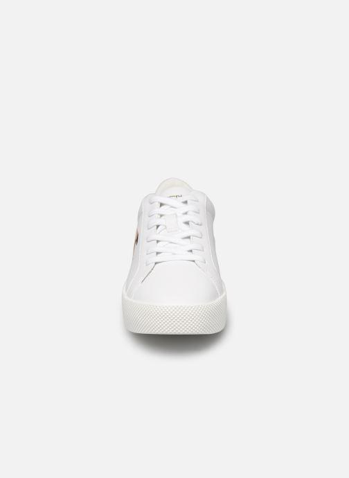 Baskets Champion Low Cut Shoe Era Gem Blanc vue portées chaussures