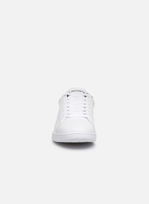 Baskets Lacoste Carnaby Evo Tri1 Sma Blanc vue portées chaussures