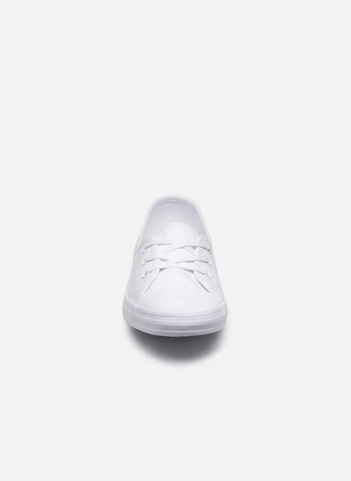 Baskets Lacoste Ziane Chunky Bl 2 Cfa Blanc vue portées chaussures