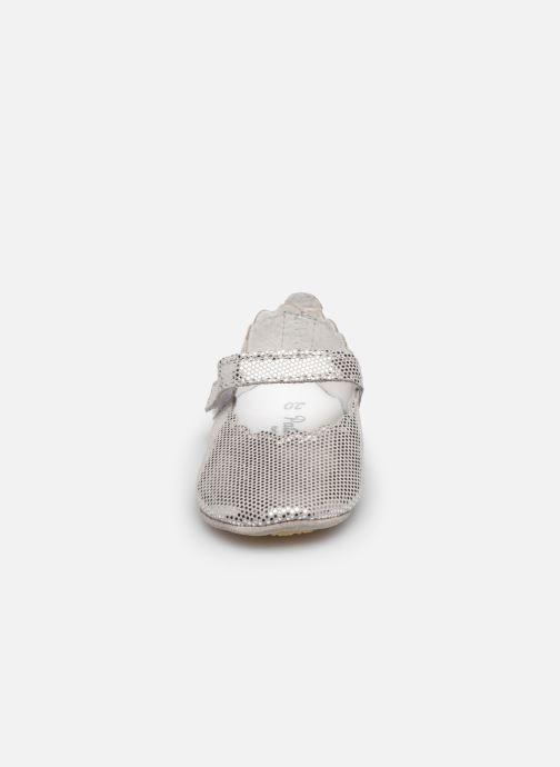 Chaussons Patt'touch Adele Argent vue portées chaussures