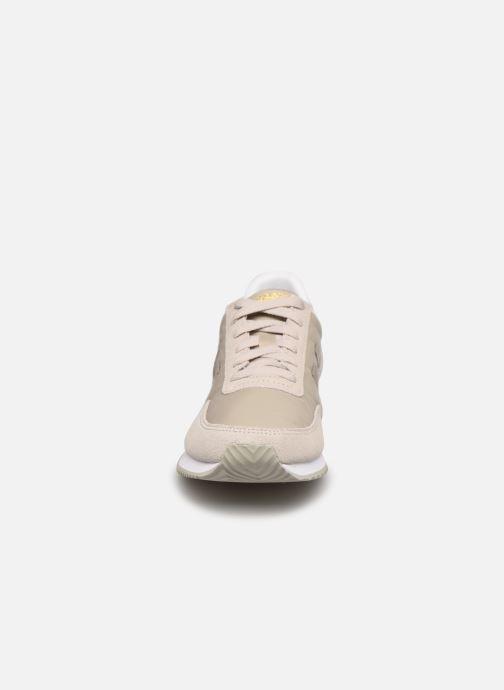Sneaker New Balance WL720 beige schuhe getragen