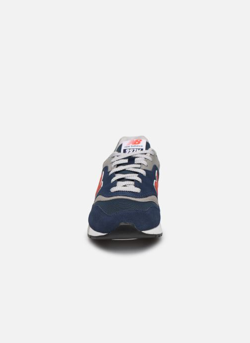 Baskets New Balance CM997 Bleu vue portées chaussures