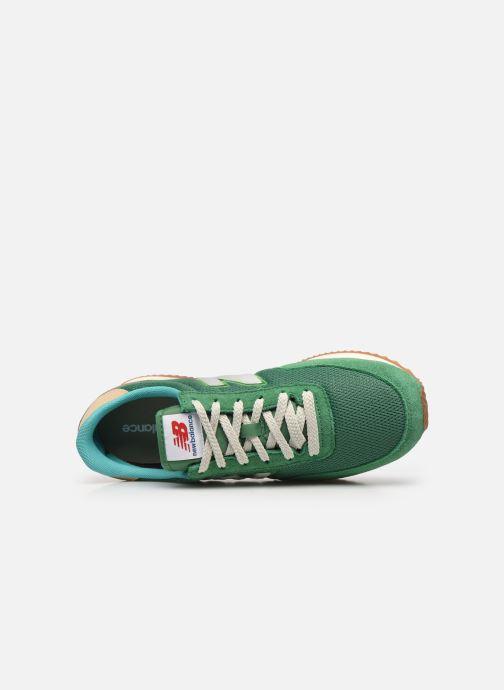 Sneaker New Balance UL720 grün ansicht von links