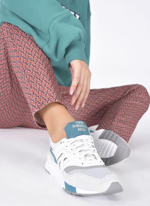 Sneakers New Balance CW997 Grigio immagine dal basso