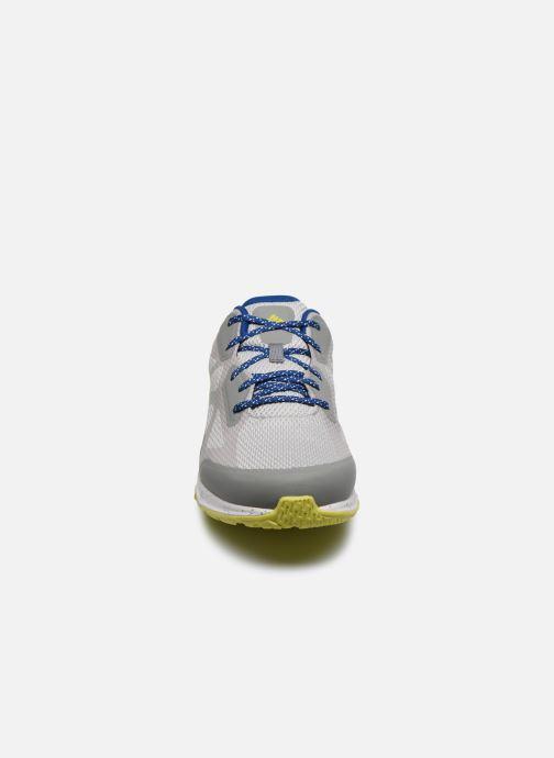 Zapatillas de deporte Columbia Vitesse Outdry Gris vista del modelo