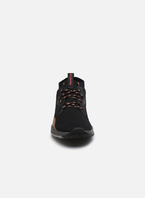 Zapatillas de deporte Columbia Shift Mid Breeze Negro vista del modelo