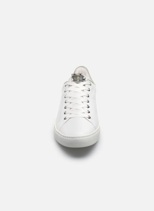 Baskets HÖGL Glammy Blanc vue portées chaussures