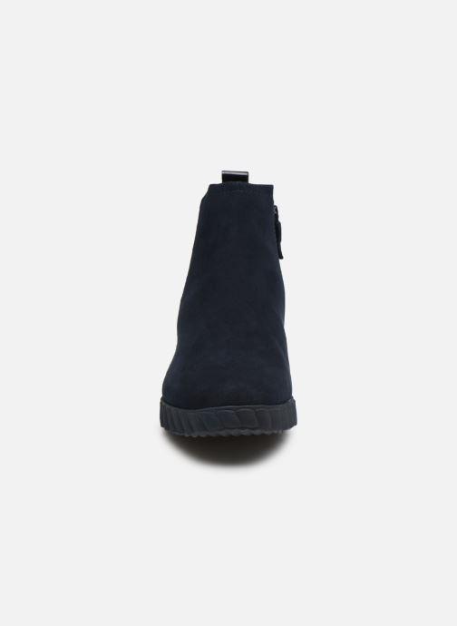 Bottines et boots Tamaris 25485 Bleu vue portées chaussures