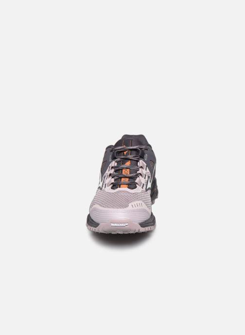 Chaussures de sport Mizuno Wave Daichi 5 - W Gris vue portées chaussures