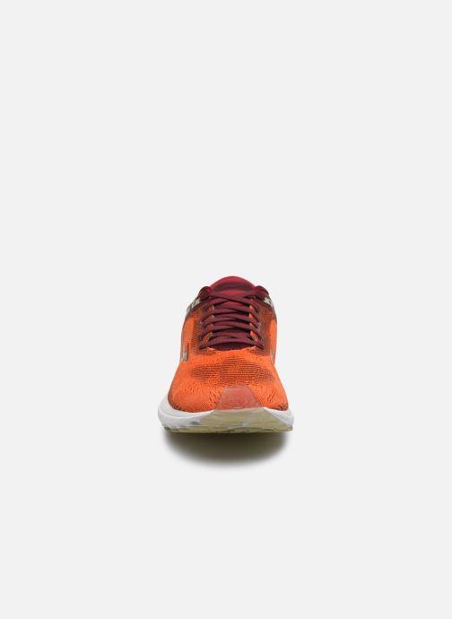 Zapatillas de deporte Mizuno Wave Skyrise Rojo vista del modelo