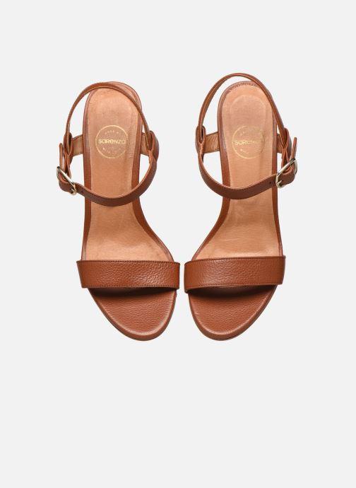 Sandali e scarpe aperte Made by SARENZA South Village Sandales à Talons #4 Marrone modello indossato
