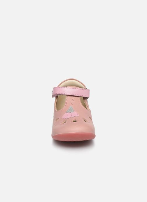 Ballerines Kickers Blupinky Rose vue portées chaussures