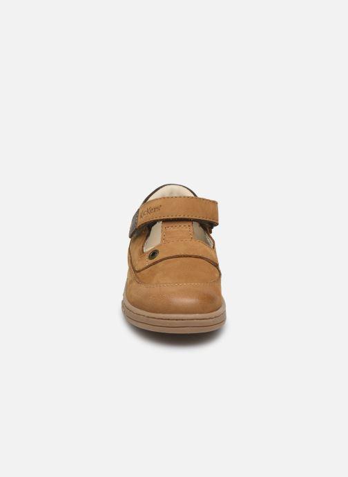 Schnürschuhe Kickers Tactack braun schuhe getragen