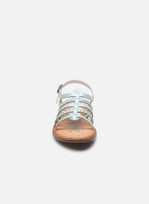 Sandales et nu-pieds Kickers Distrez Bleu vue portées chaussures