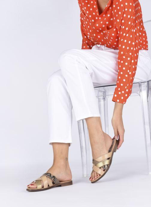 Clogs & Pantoletten Made by SARENZA South Village Sandales Plates #5 beige ansicht von unten / tasche getragen