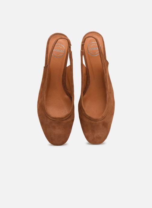 Zapatos de tacón Made by SARENZA South Village Escarpin #6 Marrón vista del modelo