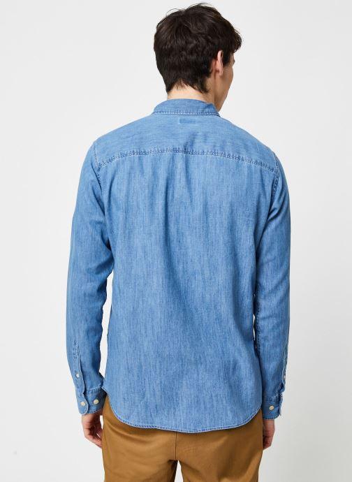 Vêtements Selected Homme Slhregperfect Larson Bleu vue portées chaussures