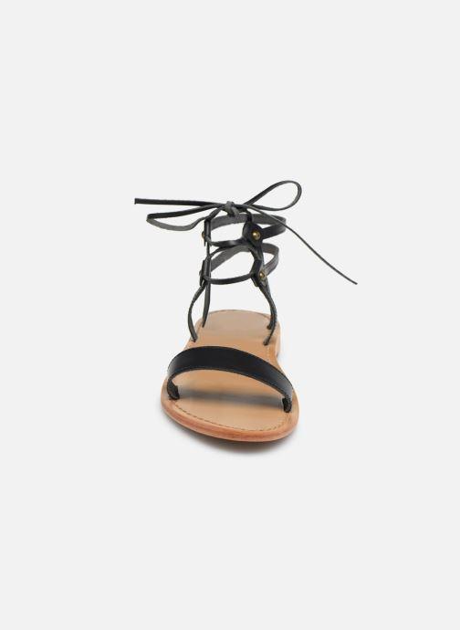 Sandali e scarpe aperte White Sun Rondonia Nero modello indossato