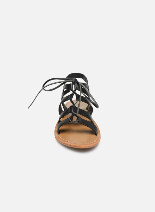 Sandali e scarpe aperte White Sun Piaui Nero modello indossato
