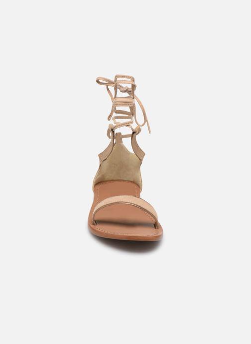 Sandales et nu-pieds White Sun Higuera Beige vue portées chaussures