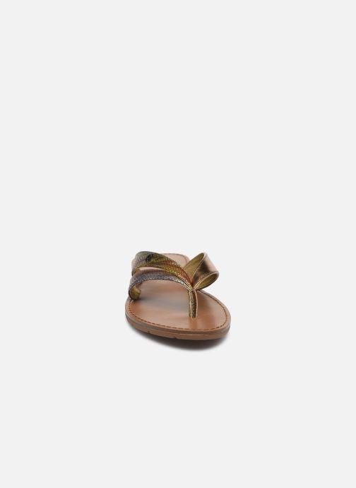 Tongs Chattawak KALINDA Or et bronze vue portées chaussures