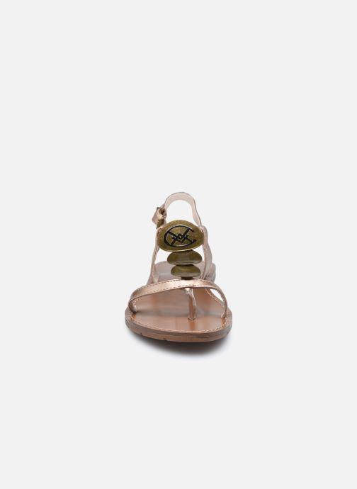 Sandales et nu-pieds Chattawak MELANIE Or et bronze vue portées chaussures