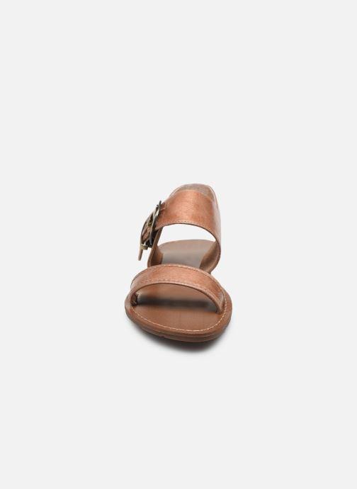 Sandali e scarpe aperte Chattawak NAOMI Beige modello indossato