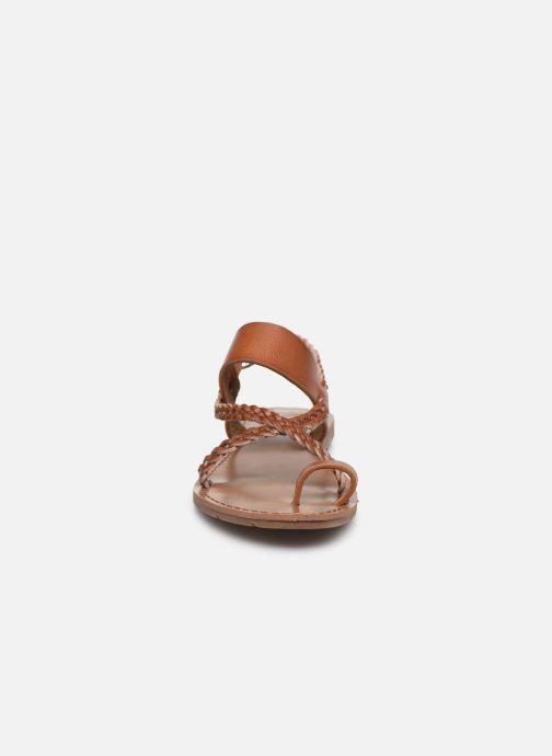 Sandales et nu-pieds Chattawak OLYMPE Marron vue portées chaussures