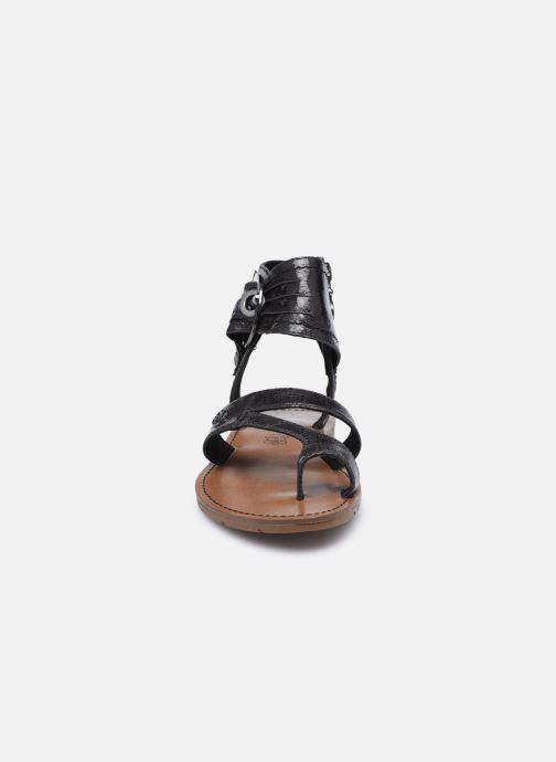 Sandales et nu-pieds Chattawak PENSEE Noir vue portées chaussures