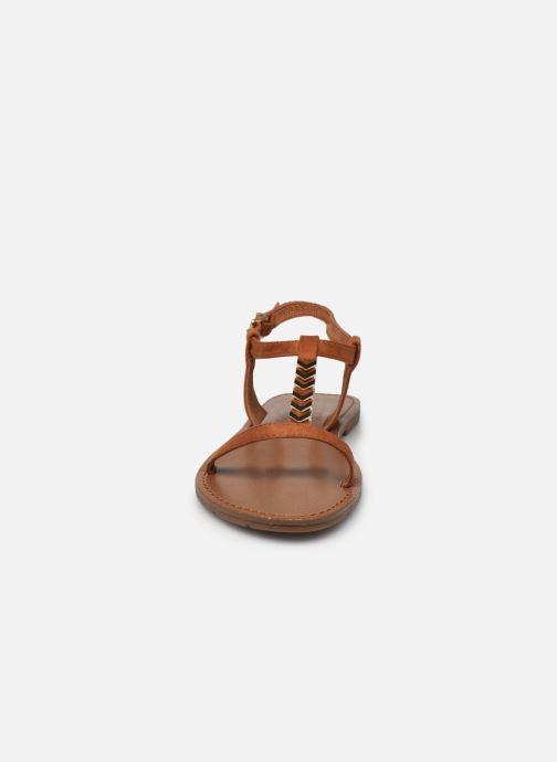 Sandales et nu-pieds Chattawak PETUNIA Marron vue portées chaussures