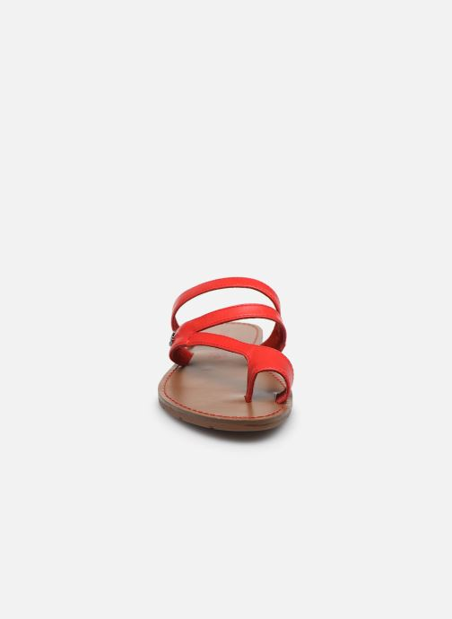Zoccoli Chattawak TEXANE Rosso modello indossato