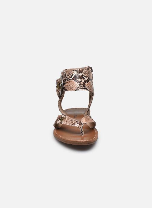 Sandali e scarpe aperte Chattawak THALIE Marrone modello indossato