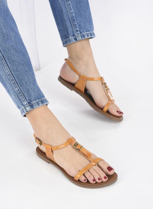 Sandali e scarpe aperte Chattawak ZHOE Giallo immagine dal basso