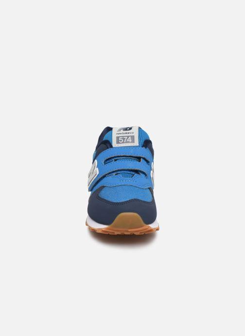 Baskets New Balance KV574 Bleu vue portées chaussures