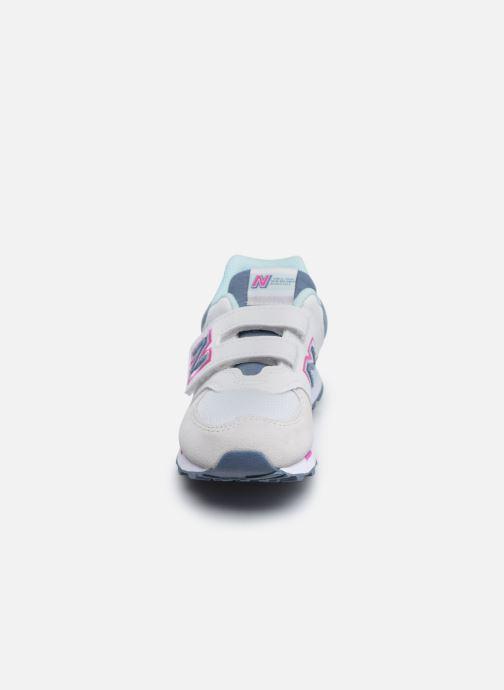 Sneaker New Balance KV574 grau schuhe getragen