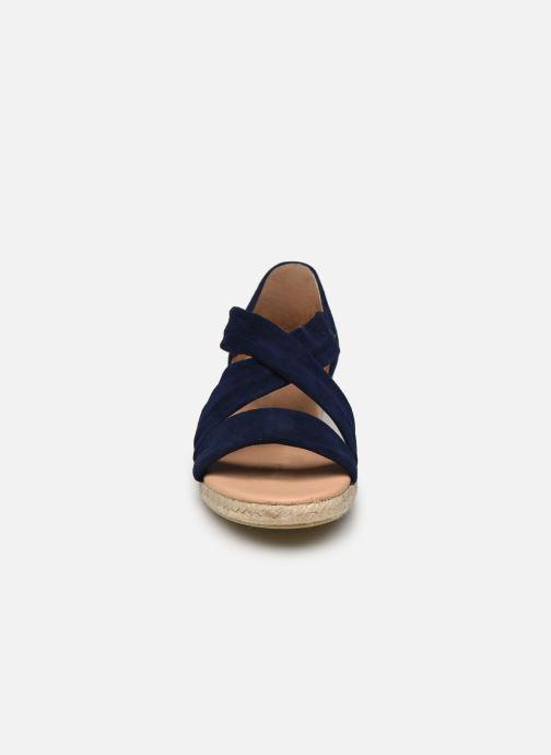 Scarpe di corda Georgia Rose Soft Distina Azzurro modello indossato