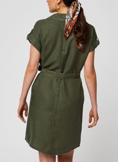 Vêtements Noisy May Short Dresses VERA Vert vue portées chaussures